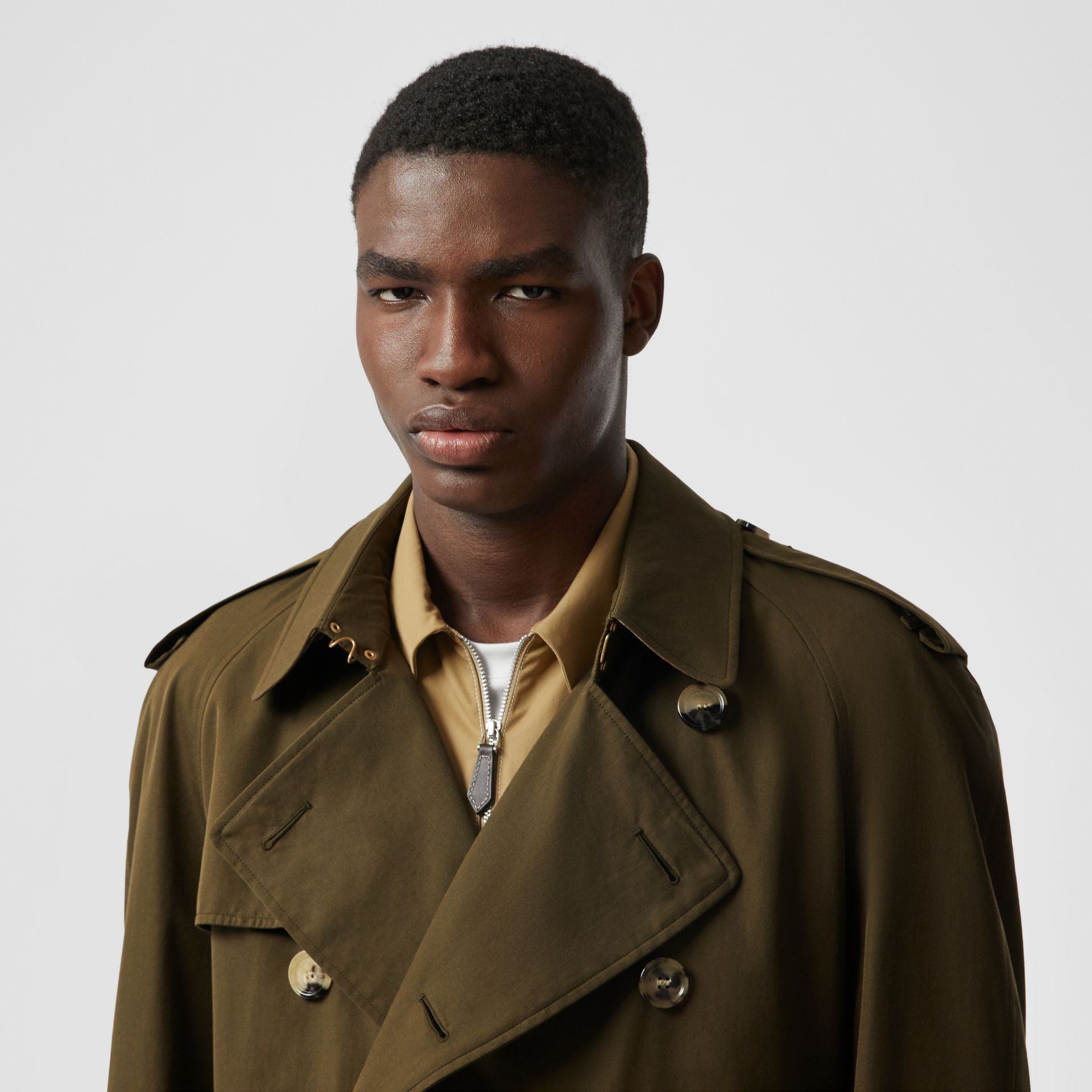The Westminster Heritage Trench Coat in Dark Military Khaki - Men | Burberry Singapore - gallery image 10