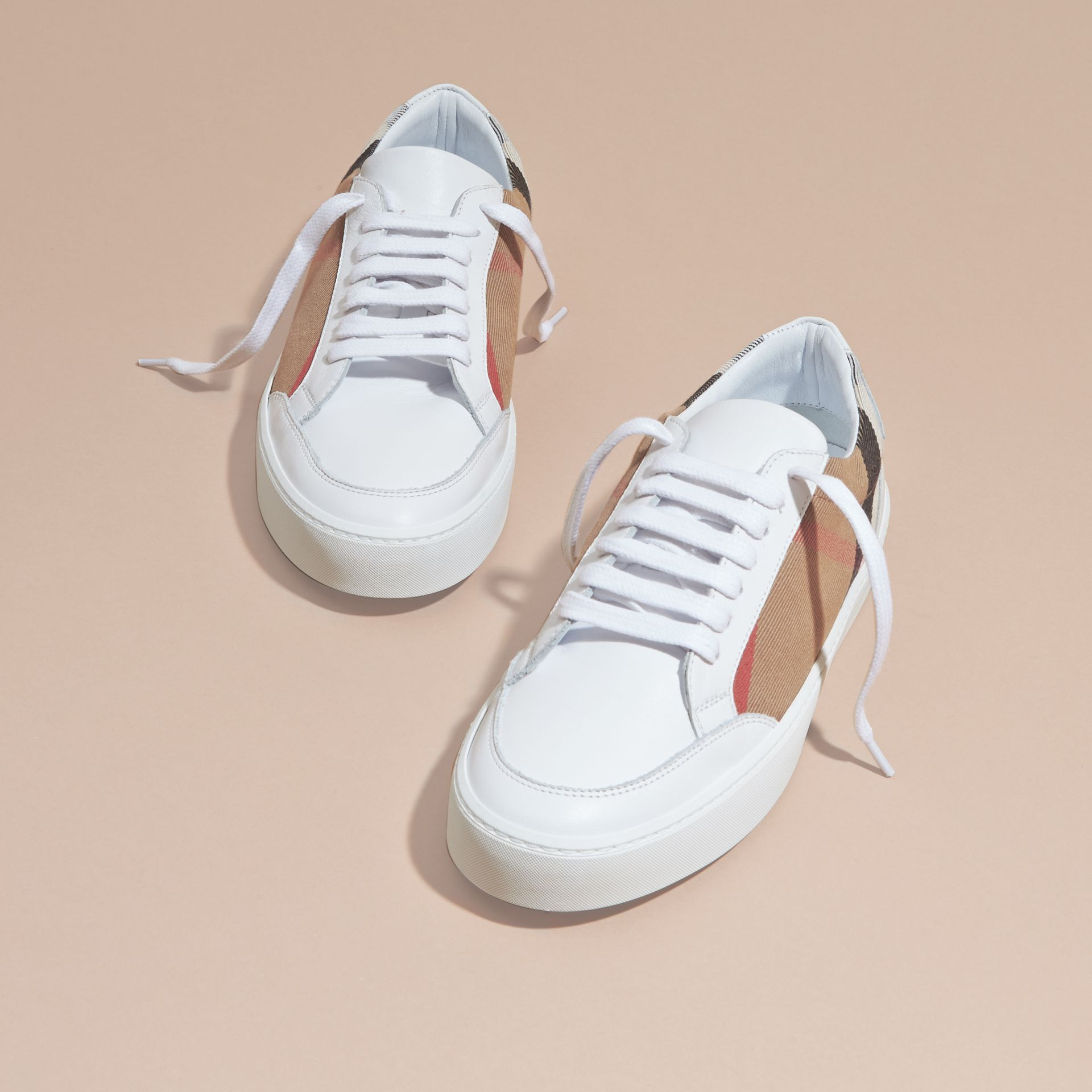 Check Detail Leather Sneakers House Check/ Optic White - gallery image 3