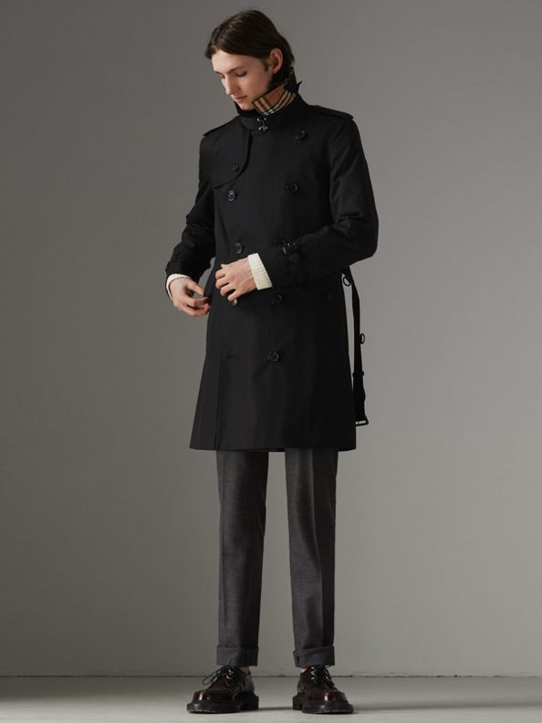 The Chelsea Heritage Trench Coat in Black