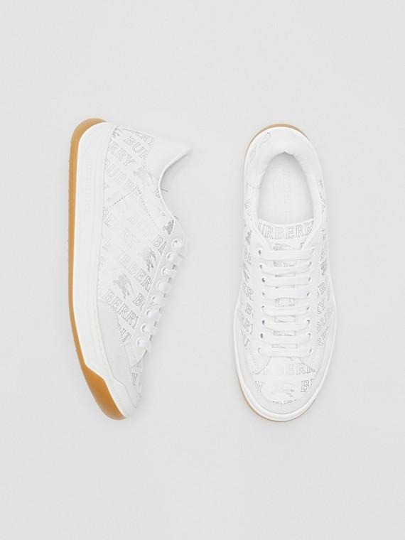 Sneaker in pelle con logo metallizzato (Bianco Ottico/argento)