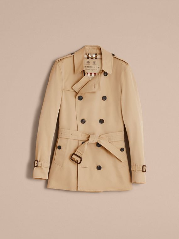 The Sandringham – Short Heritage Trench Coat in Honey - Men | Burberry Australia - cell image 3