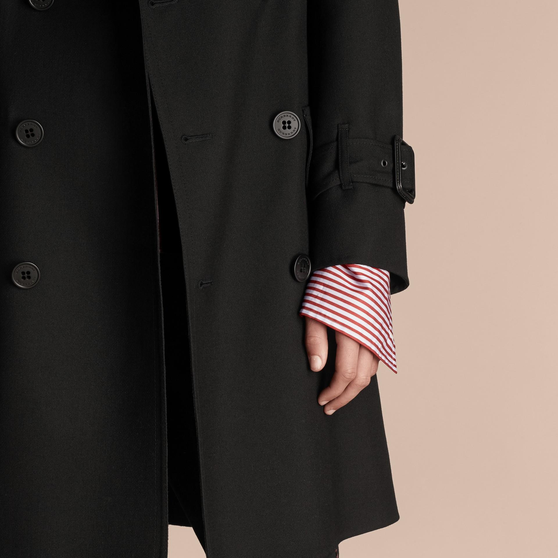 Nero Trench coat in twill di lana dal taglio comodo - immagine della galleria 5