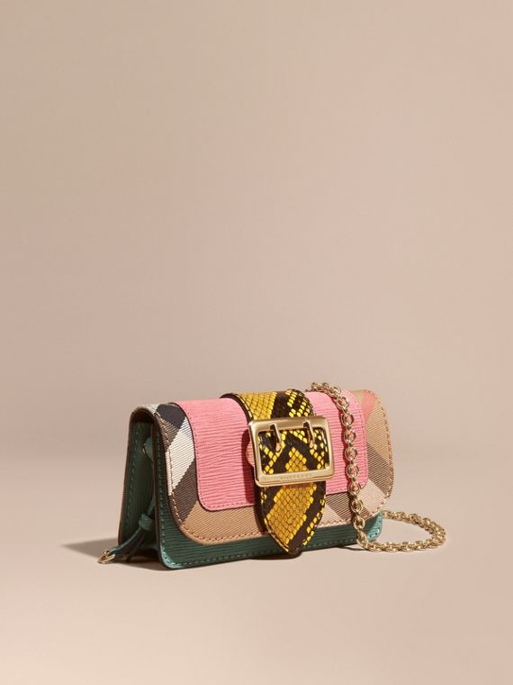 Mini sac The Buckle en peau de serpent et coton House check Rose Pink