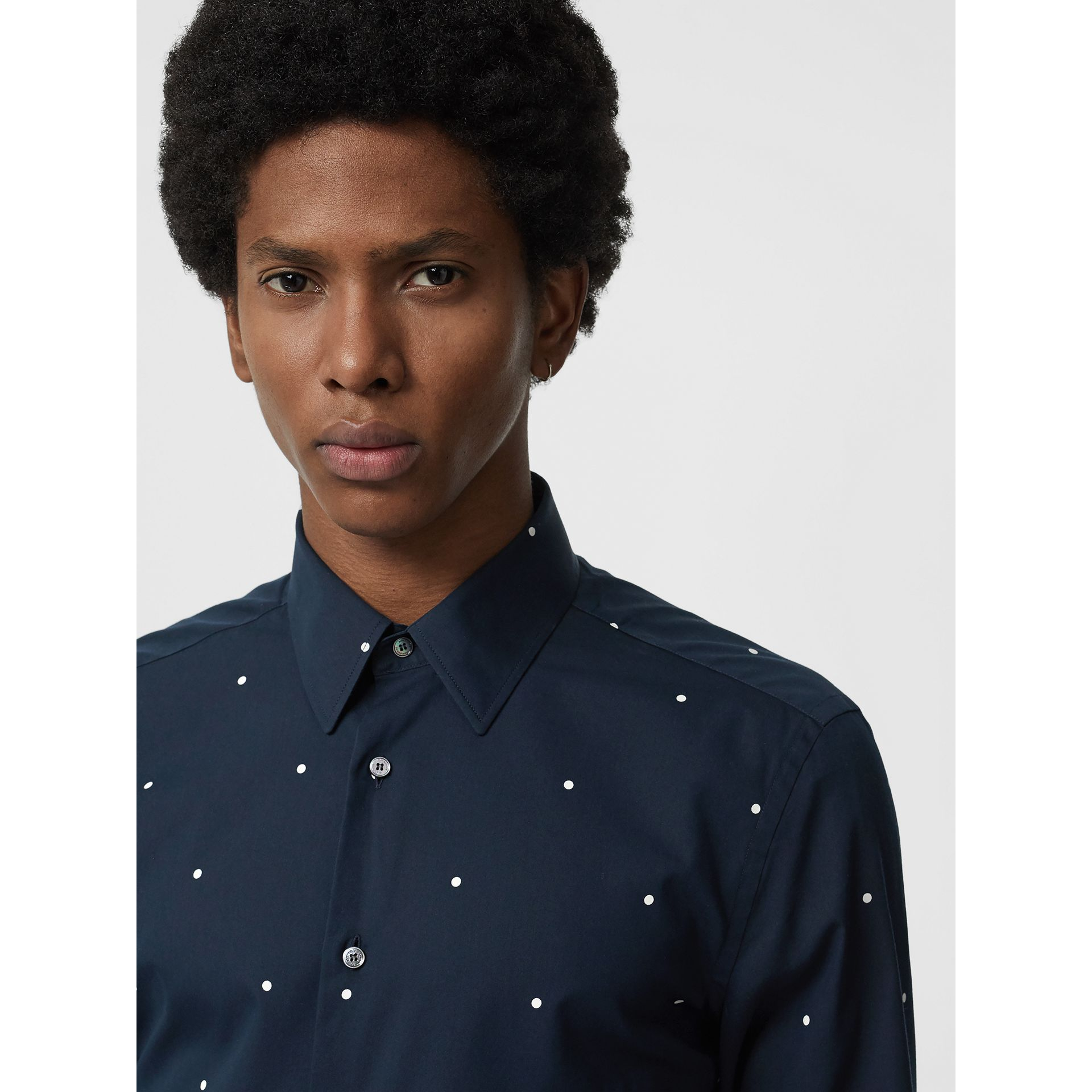 Slim Fit Polka Dot Cotton Poplin Shirt in Navy - Men | Burberry Hong Kong - gallery image 1