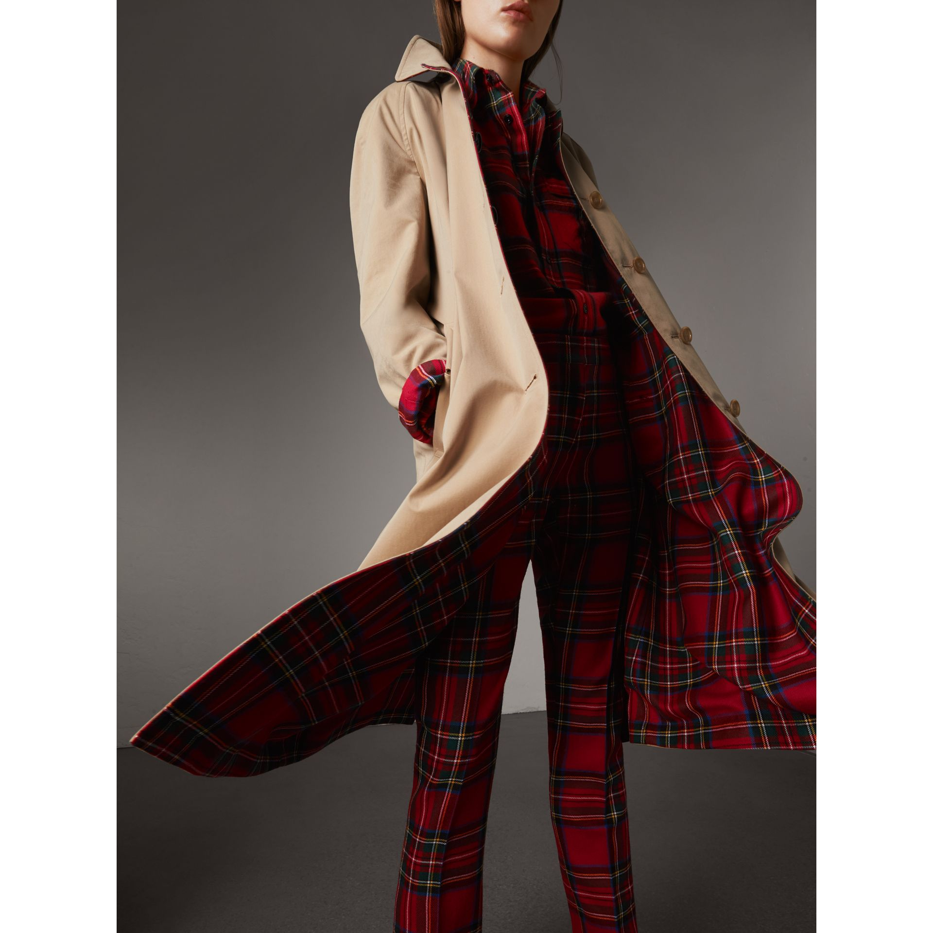 Reversible Gabardine and Tartan Wool Car Coat in Honey - Women | Burberry Australia - gallery image 2