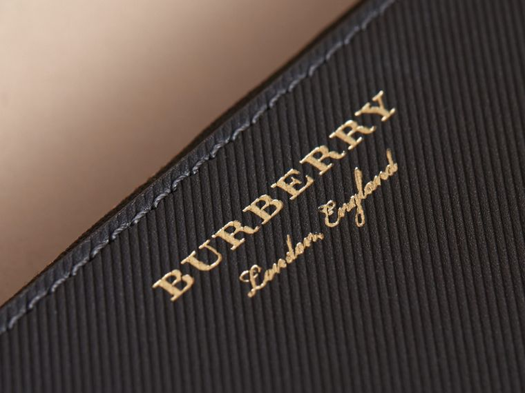Two-tone Trench Leather Travel Wallet in Black - Men | Burberry Canada - cell image 1