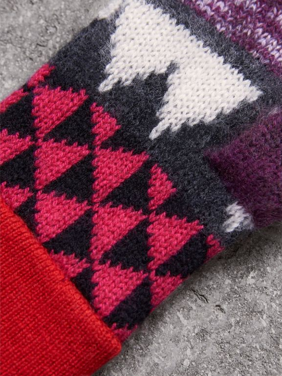 Geometric Cashmere Wool Blend Fingerless Gloves in Charcoal/red | Burberry - cell image 1
