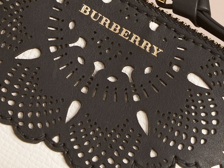 Natural Laser-cut Lace Grainy Leather Coin Case - cell image 1