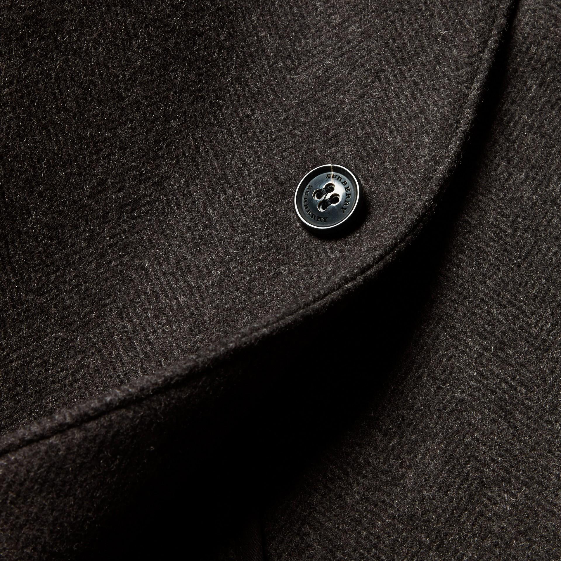 Camaïeu anthracite Manteau ajusté à boutonnage simple en laine mélangée - photo de la galerie 2
