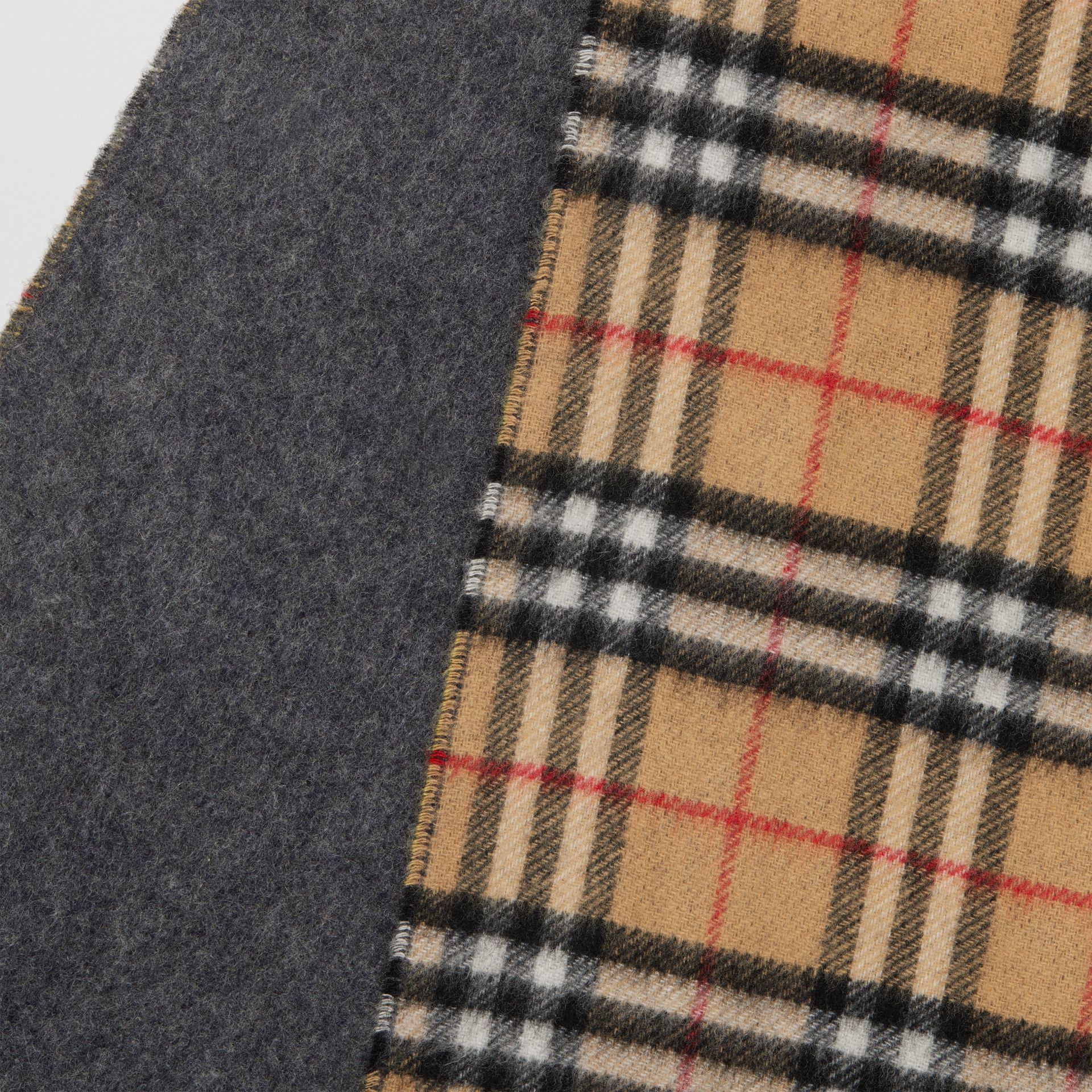 Long Reversible Vintage Check Double-faced Cashmere Scarf in Slate Blue | Burberry Canada - gallery image 1