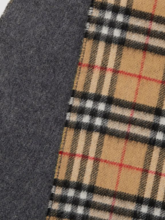 Long Reversible Vintage Check Double-faced Cashmere Scarf in Slate Blue | Burberry Canada - cell image 1