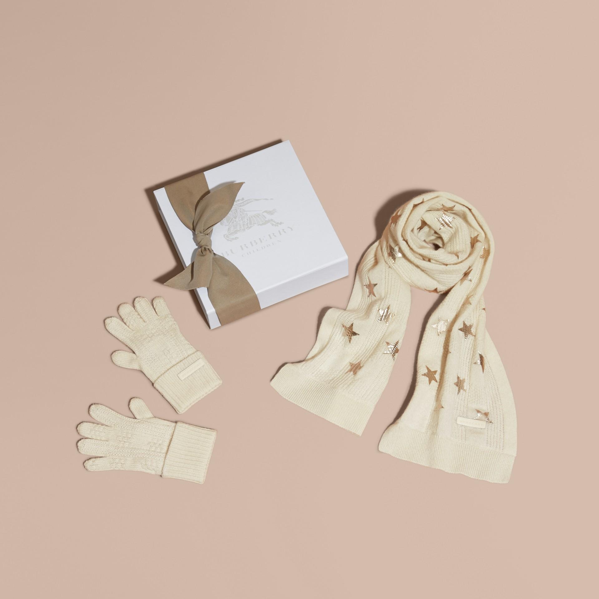 Avorio/oro Set regalo da due pezzi in cashmere con stampa - immagine della galleria 1