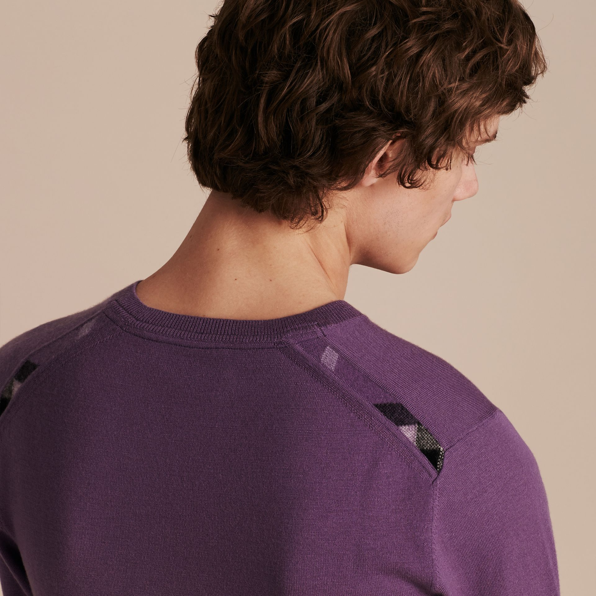 Dusty lilac Lightweight Crew Neck Cashmere Sweater with Check Trim Dusty Lilac - gallery image 5
