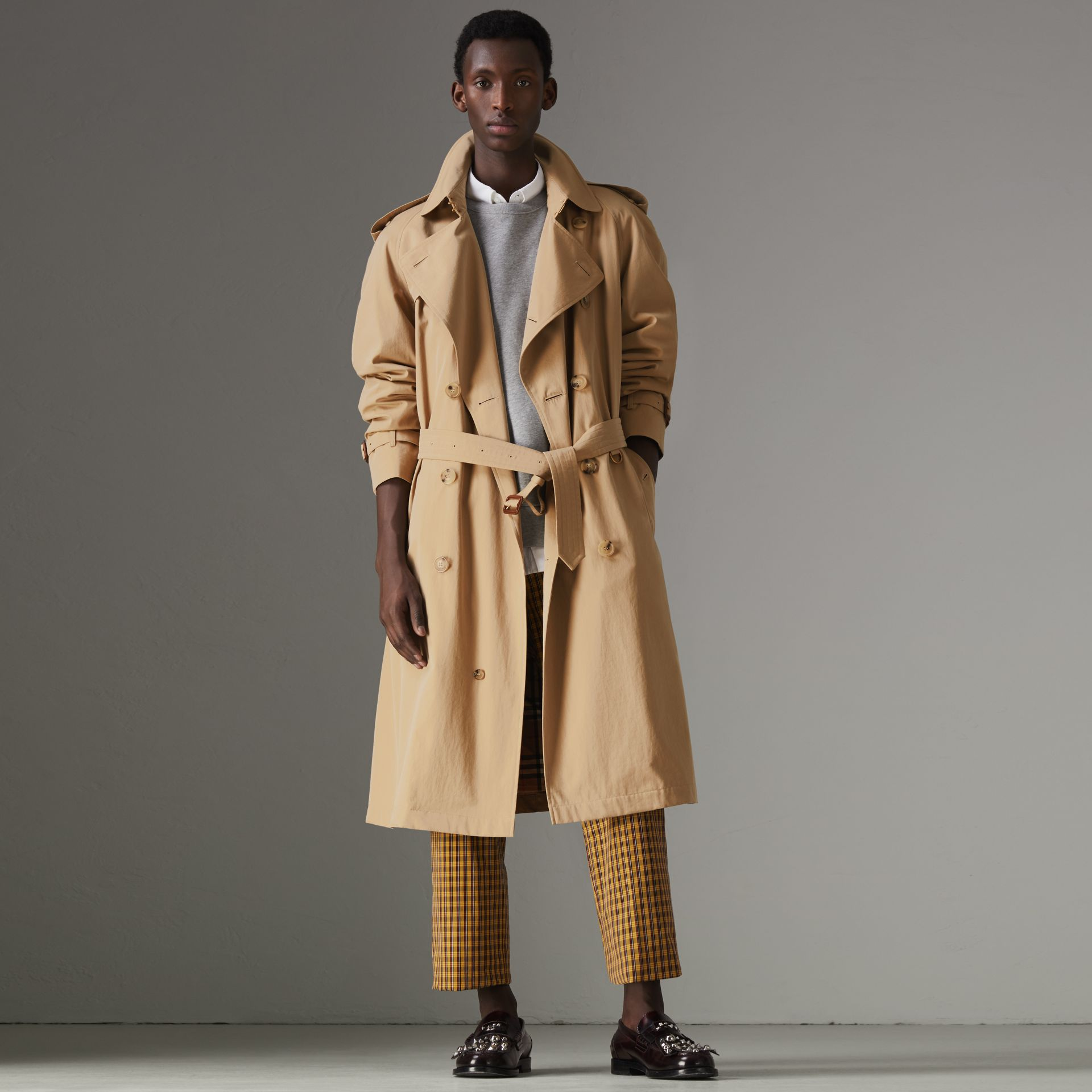 The Westminster Heritage Trench Coat in Honey - Men | Burberry Singapore - gallery image 6
