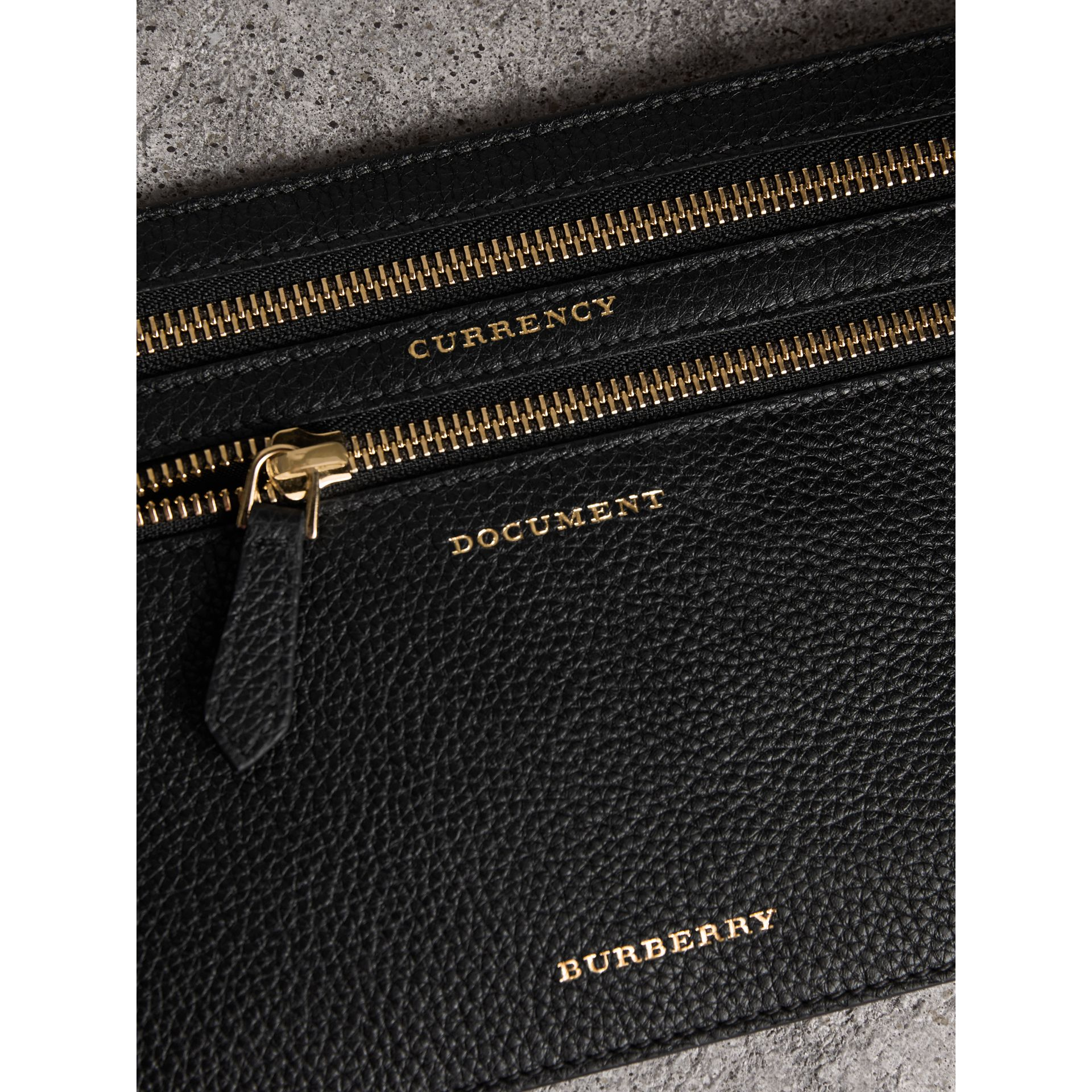 Grainy Leather Currency Wallet in Black | Burberry - gallery image 2