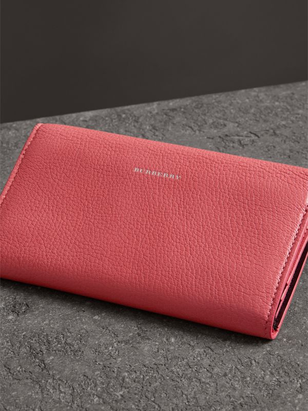 D-ring Grainy Leather Continental Wallet in Bright Coral Pink - Women | Burberry - cell image 2