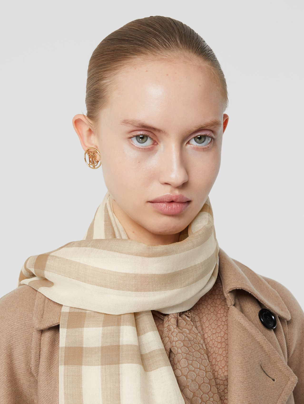 Lightweight Check Wool Silk Scarf in White/alabaster