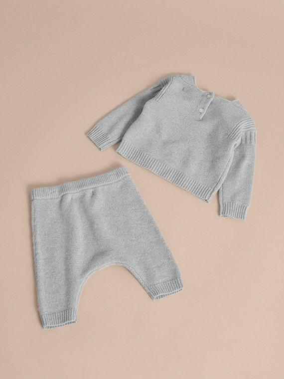 Cashmere Two-piece Baby Gift Set in Pale Mint | Burberry - cell image 2