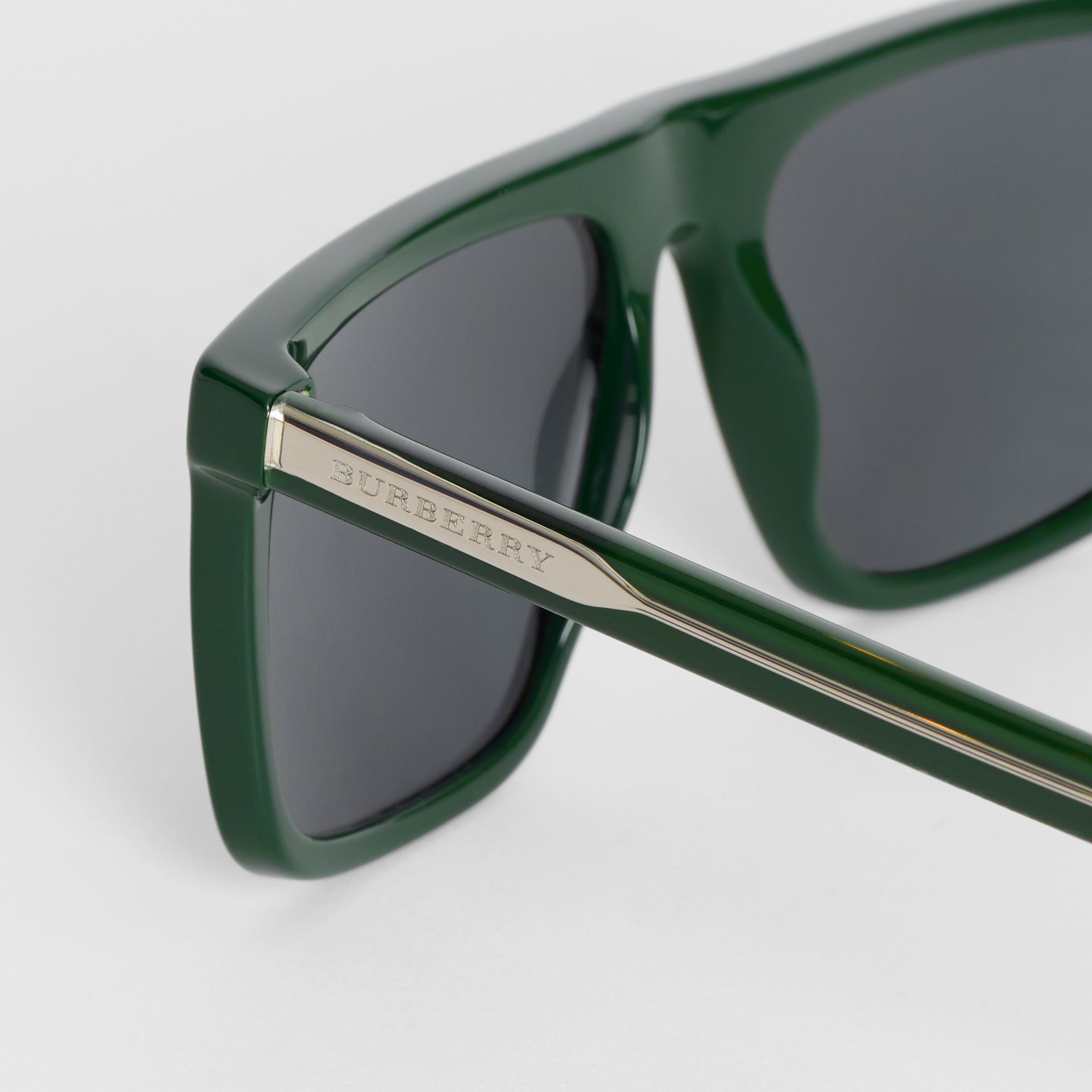 Straight-brow Sunglasses in Green - Men | Burberry United Kingdom - gallery image 1