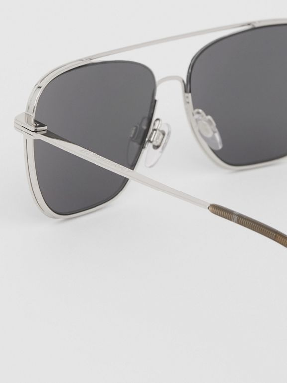 Top Bar Detail Square Frame Sunglasses in Gunmetal Grey | Burberry - cell image 1