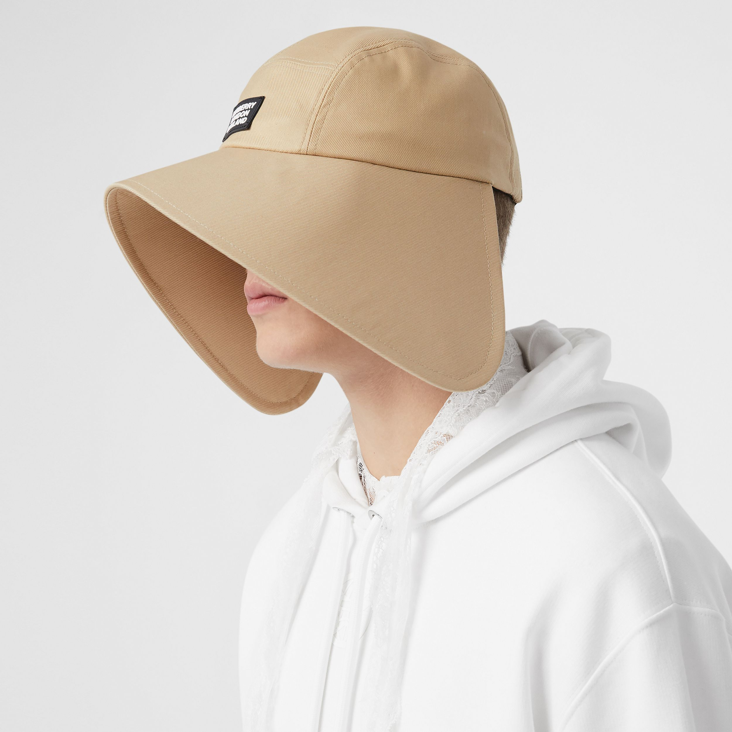 Logo Appliqué Cotton Twill Bonnet Cap in Soft Fawn | Burberry - 4