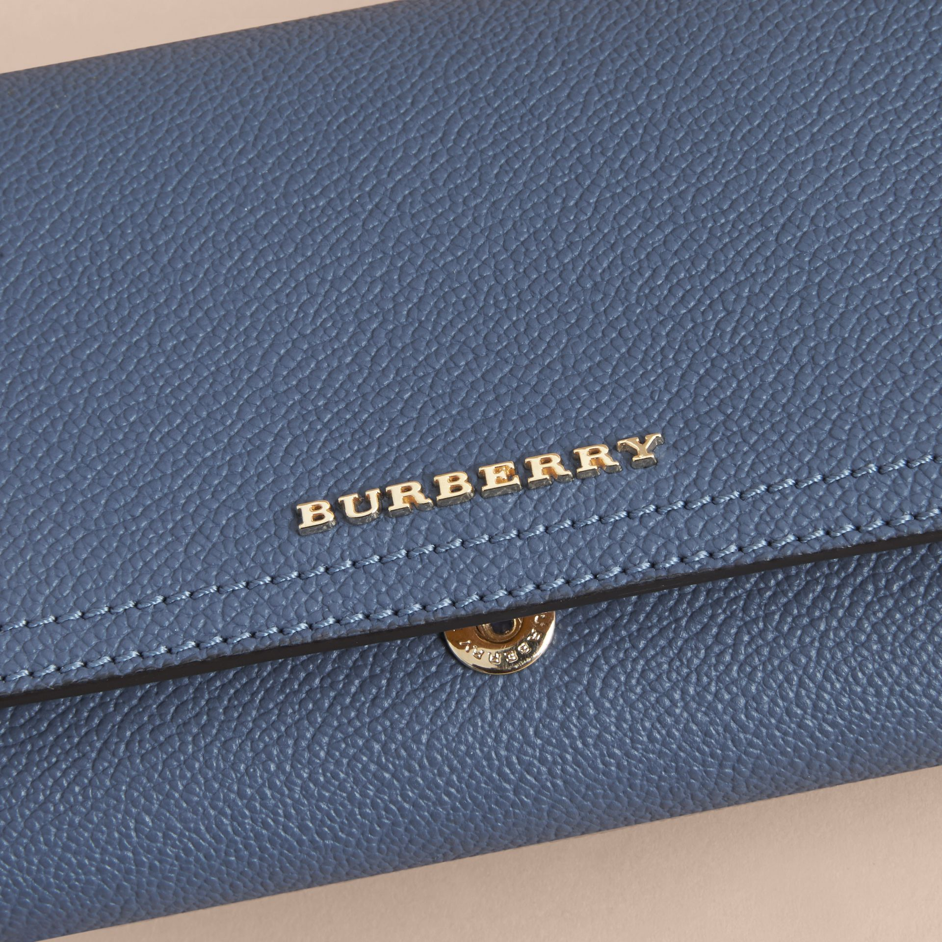 Two-tone Leather Continental Wallet and Coin Case in Steel Blue/multi - Women | Burberry United States - gallery image 2