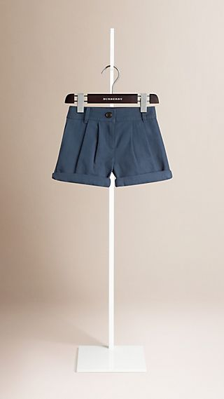 Pleated Cotton Linen Chino Shorts
