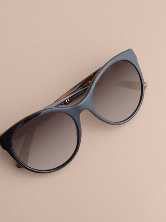 Check Detail Round Frame Sunglasses in Black - Women | Burberry - cell image 2