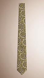 Slim Cut Floral Jacquard Silk Tie