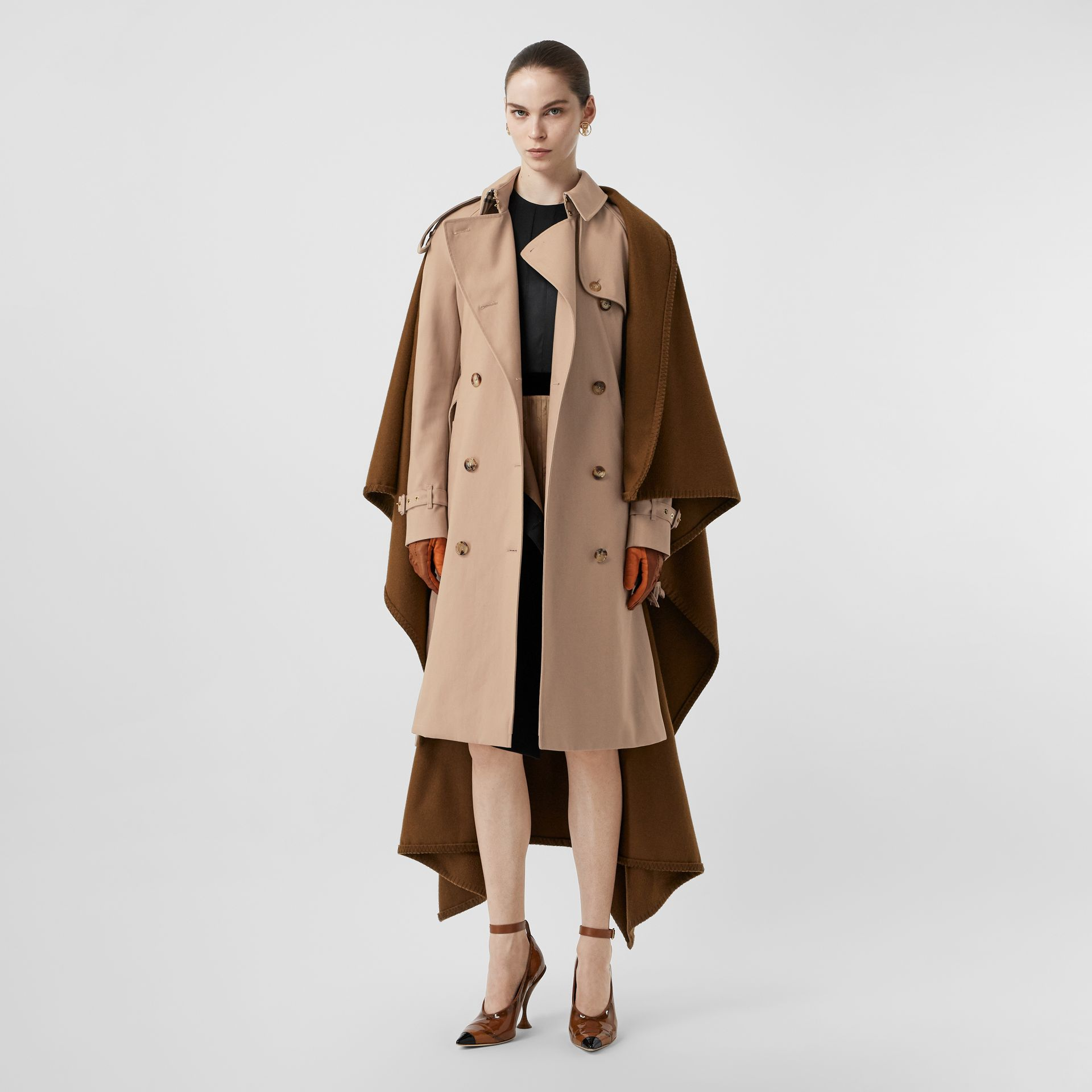 Blanket Detail Cotton Gabardine Trench Coat in Camel - Women | Burberry - gallery image 5