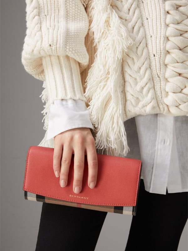 House Check and Leather Wallet with Chain in Cinnamon Red - Women | Burberry Canada - cell image 3