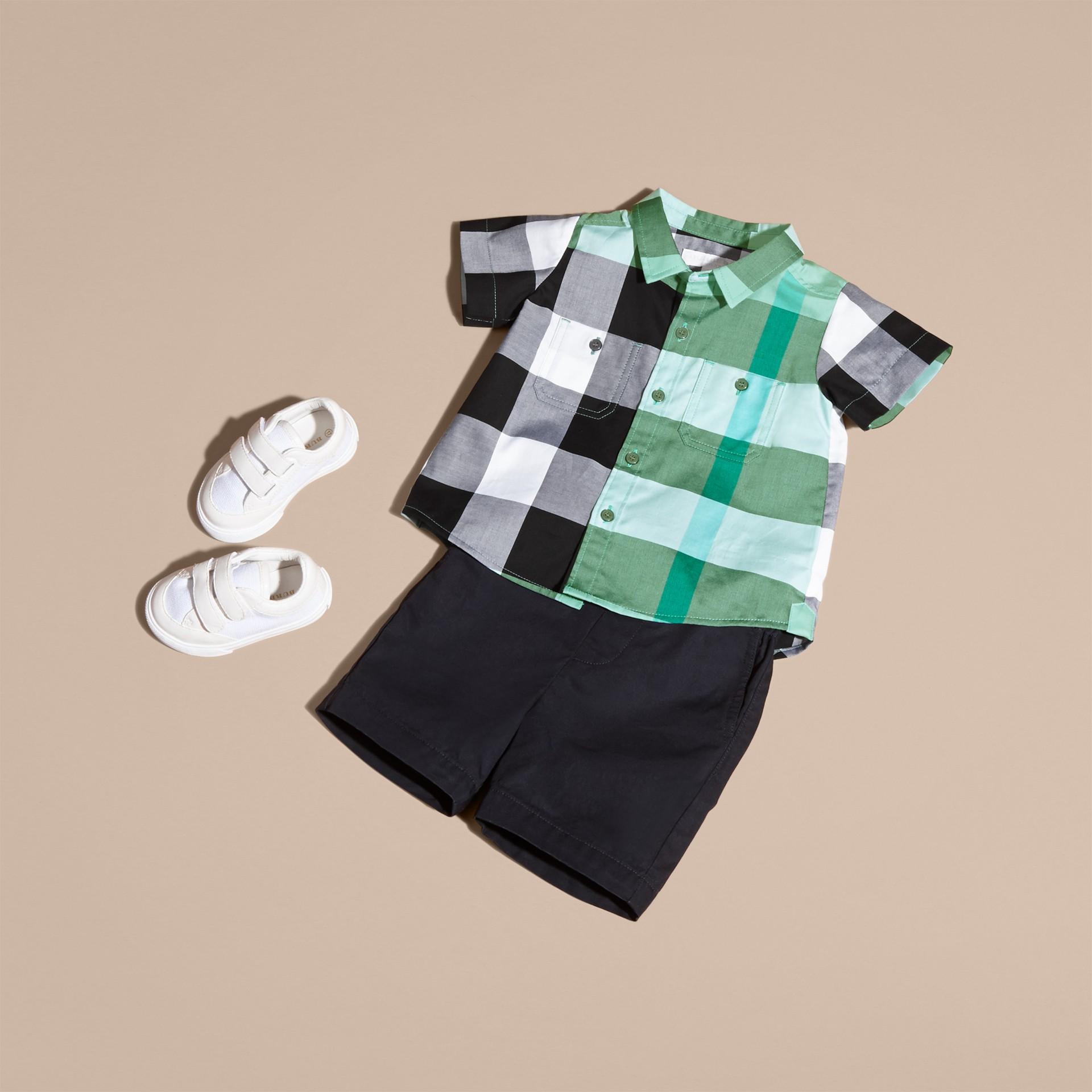 Short-sleeved Check Cotton Shirt Eucalyptus - gallery image 5