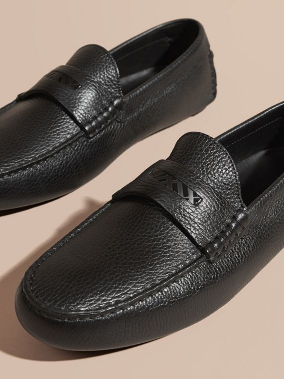 Grainy Leather Loafers with Engraved Check Detail Black - cell image 2