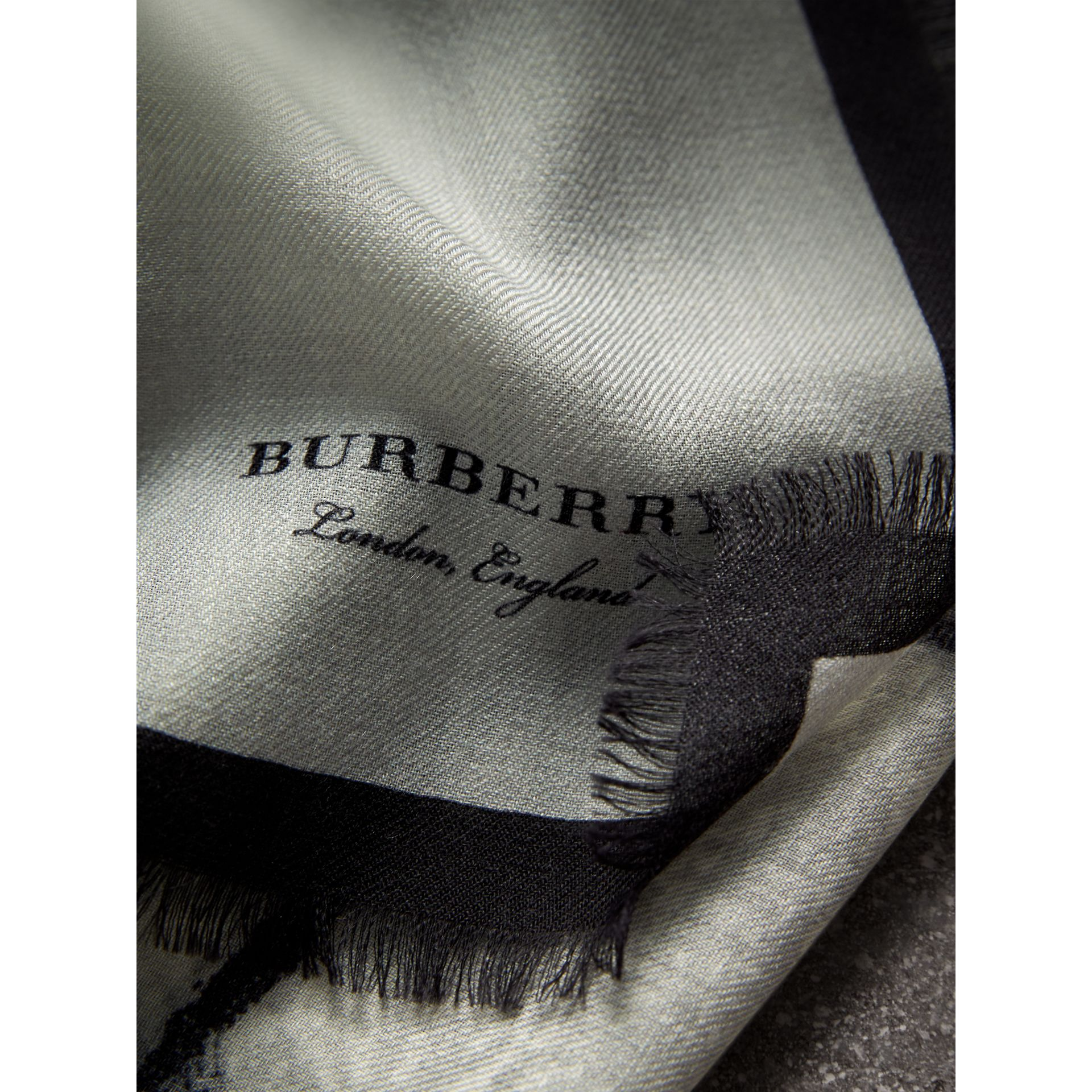 Pallas Helmet Motif Cashmere Scarf in Grey - Men | Burberry Hong Kong - gallery image 2