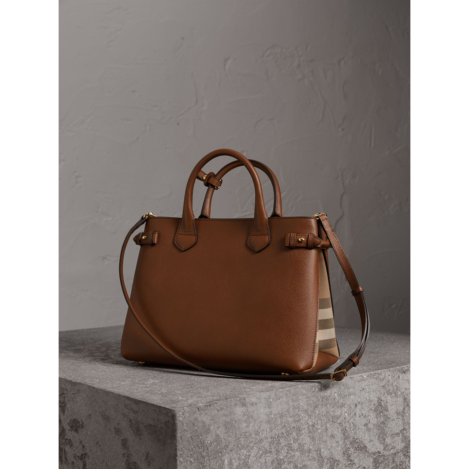 The Medium Banner in Leather and House Check in Tan - Women | Burberry Australia - gallery image 5