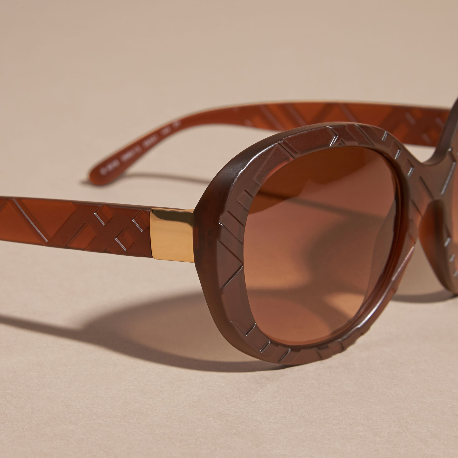 Brown 3D Check Round Frame Sunglasses Brown - gallery image 2