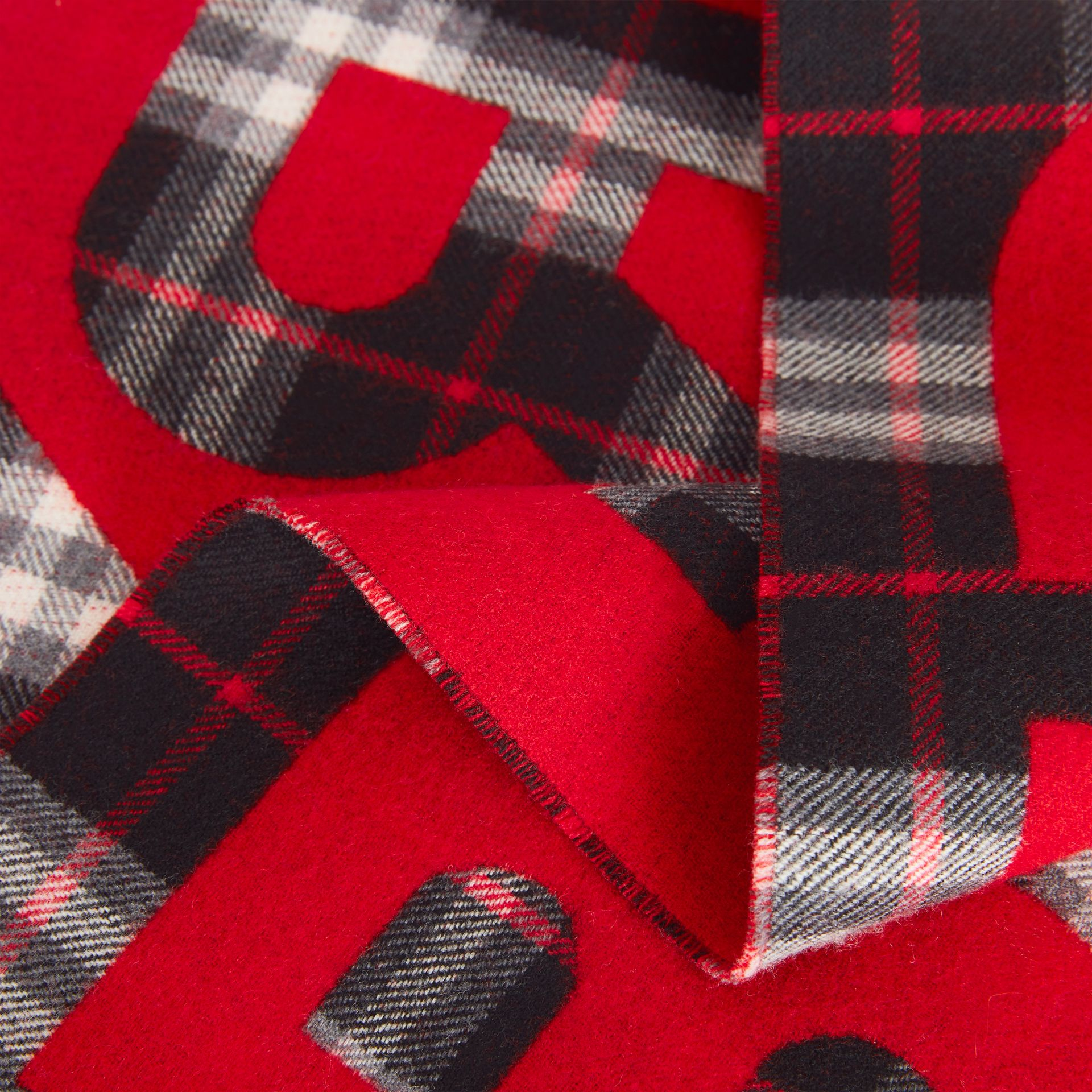 Logo Detail Vintage Check Wool Jacquard Scarf in Black - Children | Burberry - gallery image 1