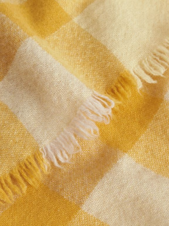 Lightweight Check Wool and Cashmere Scarf in Pale Primrose - Children | Burberry United Kingdom - cell image 1