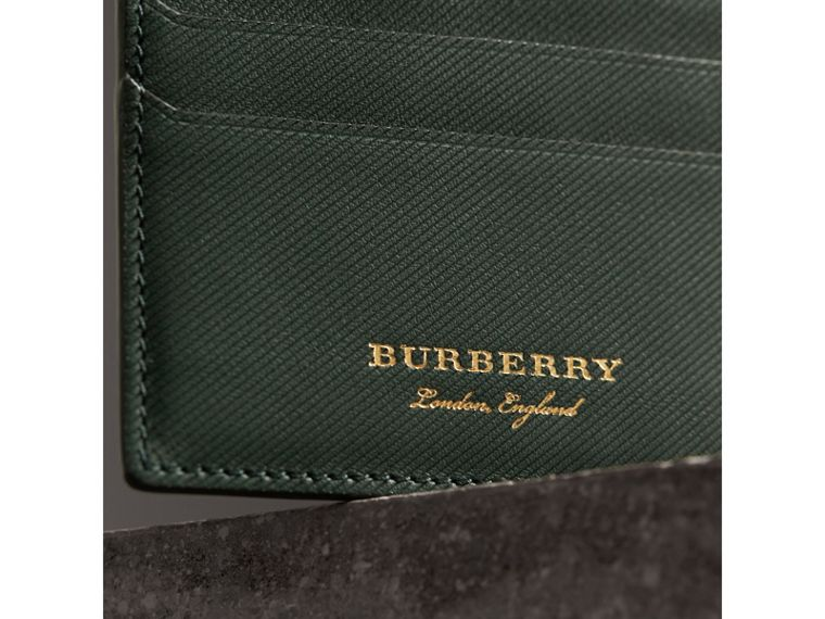 Trench Leather Card Case in Dark Forest Green | Burberry Hong Kong - cell image 1