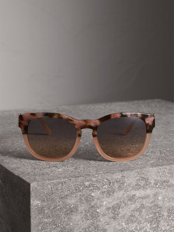 Buckle Detail Square Frame Sunglasses in Nude - Women | Burberry Hong Kong - cell image 3