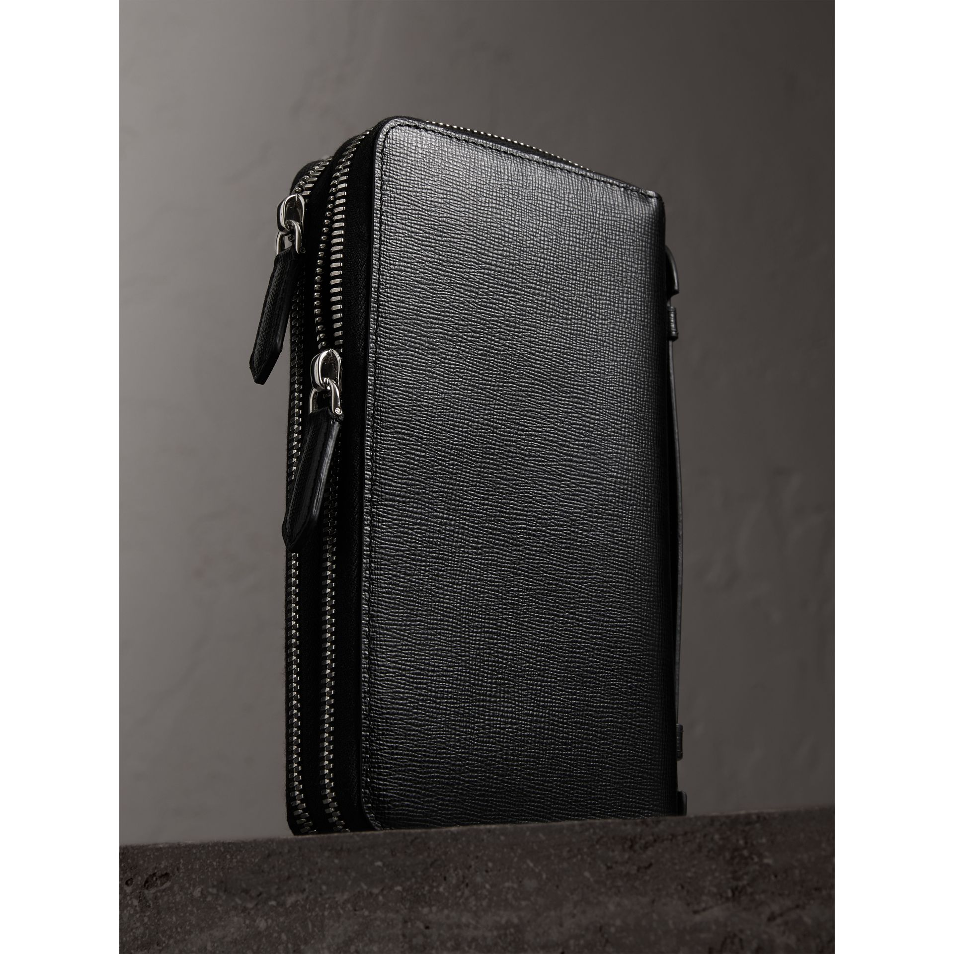 London Leather Travel Wallet in Black - Men | Burberry Singapore - gallery image 3