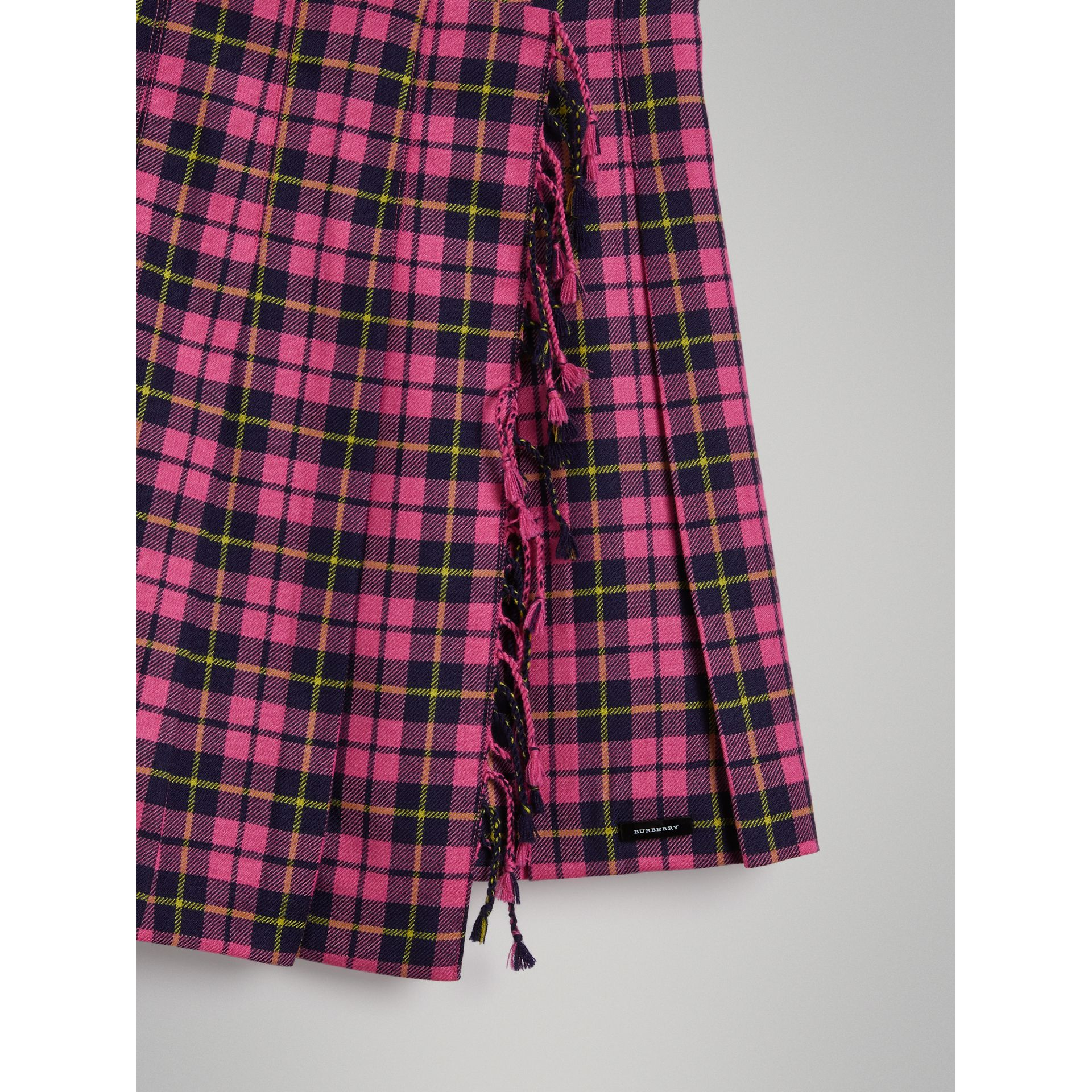 Fringe Detail Tartan Wool Kilt in Neon Pink - Girl | Burberry - gallery image 4