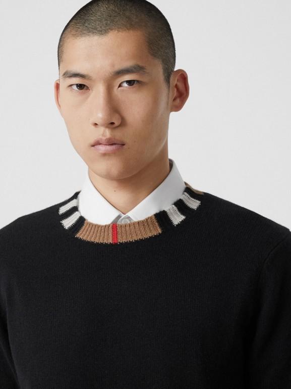 Jersey en cachemir con detalle a rayas Icon Stripe (Negro) - Hombre | Burberry - cell image 1