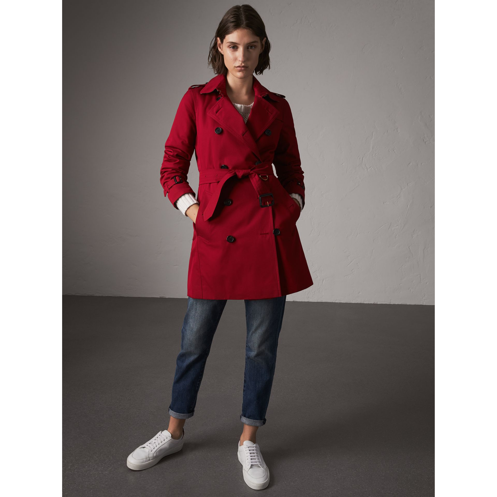 The Kensington – Mid-Length Heritage Trench Coat in Parade Red - Women | Burberry Singapore - gallery image 7