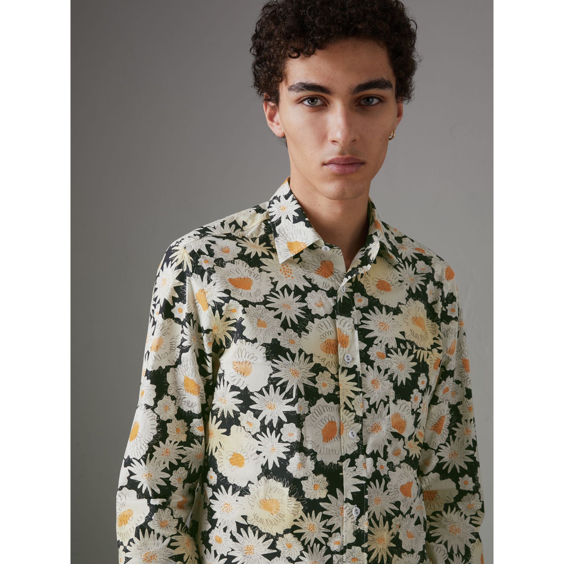 Daisy Print Cotton Shirt in Black - Men | Burberry Singapore - gallery image 4