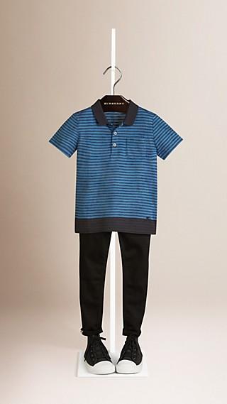 Camisa polo de algodão com estampa listrada e bainha contrastante