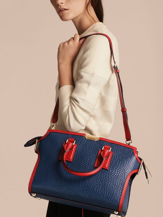 Blue carbon/parade red The Medium Clifton in Signature Grain Leather with Border Detail - cell image 3