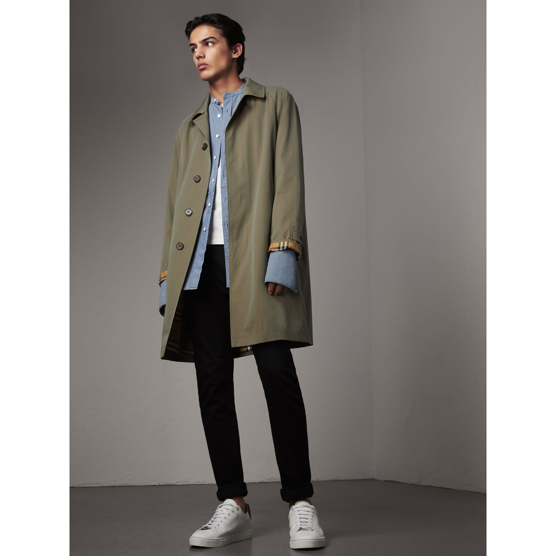 The Camden – Long Car Coat in Chalk Green - Men | Burberry - gallery image 0