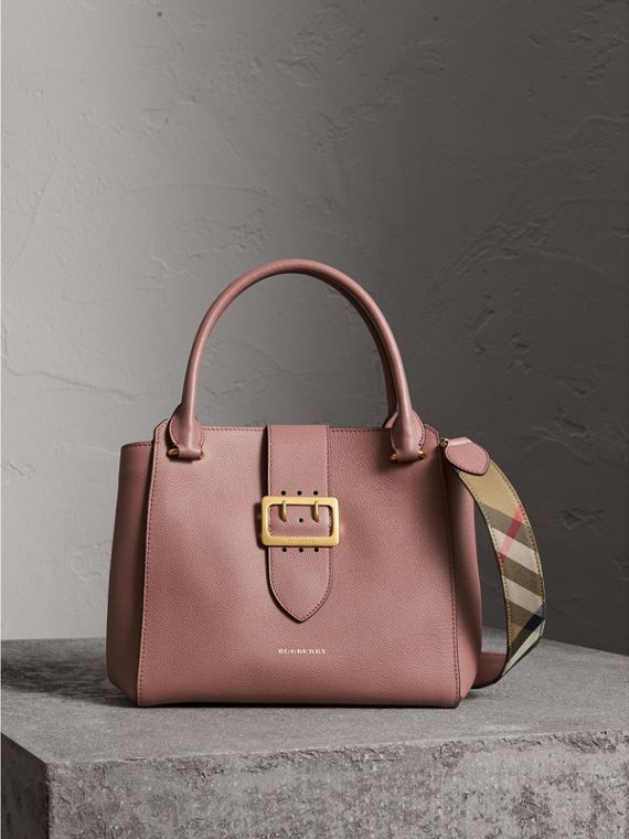 Borsa tote The Buckle media in pelle a grana (Rosa Polvere)