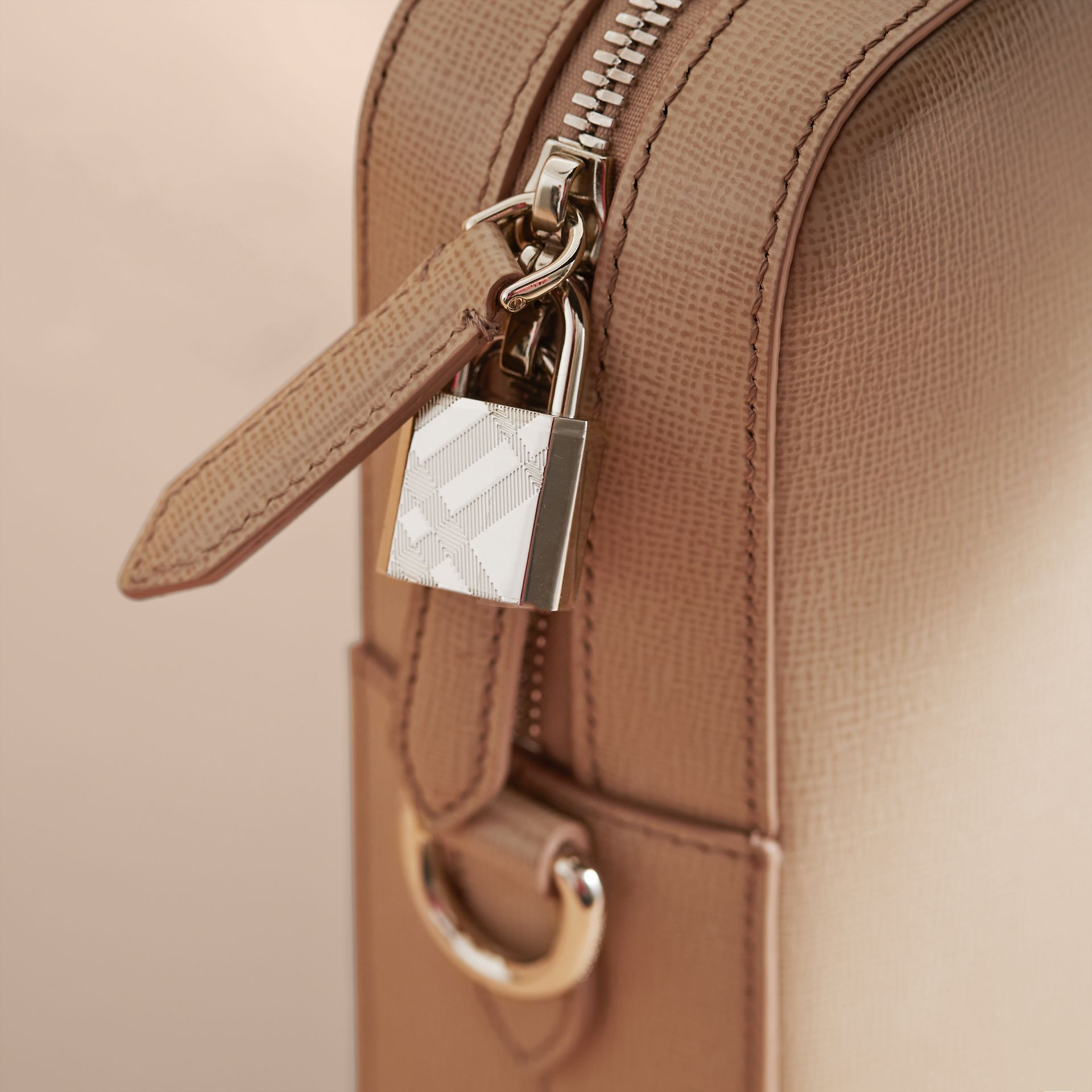 London Leather Briefcase in Honey/bitter Chocolate - Men | Burberry United States - gallery image 2